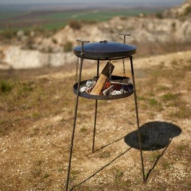 """Набор """"Сковородка 500мм  с универсальной воздушной подставкой для костра (САДЖ) и крышкой"""""""